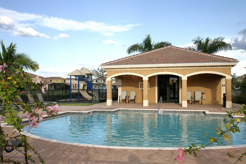 copper-oaks-townvillas-pool