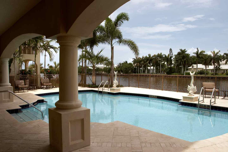 waterside-pool