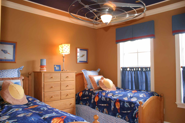 amalfi-santorini-estates-kid-room