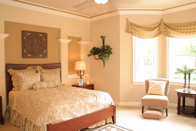 amalfi-santorini-estates-master-bedroom
