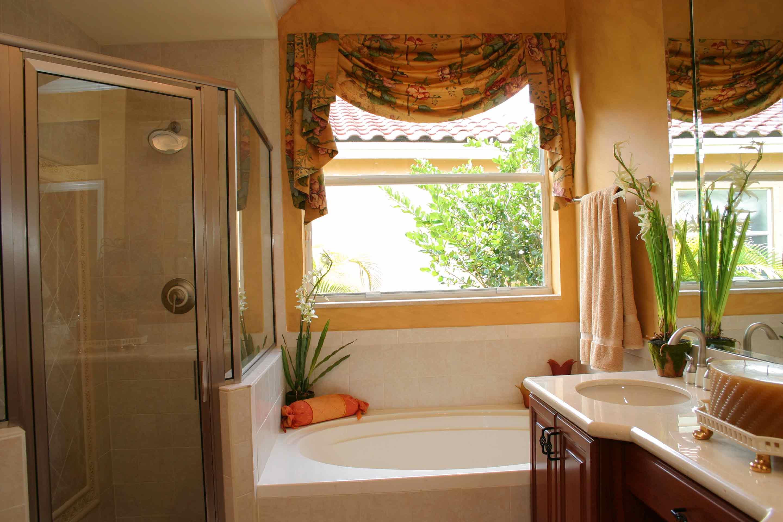 bellagio-estates-bergamos-master-bath