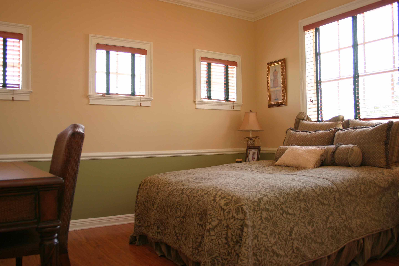 camelot-vizcaya-helena-bedroom