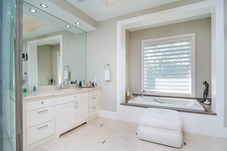 pinecrest-master-bath