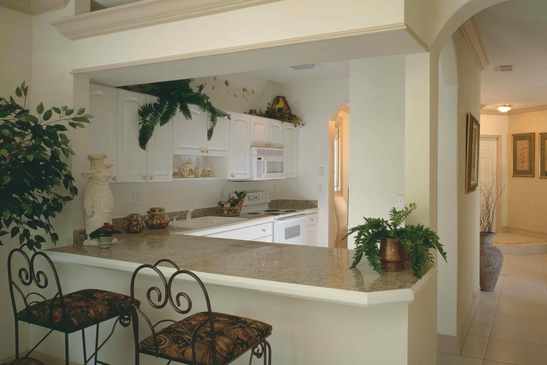 secret-garden-breakfast-counter-kitchen