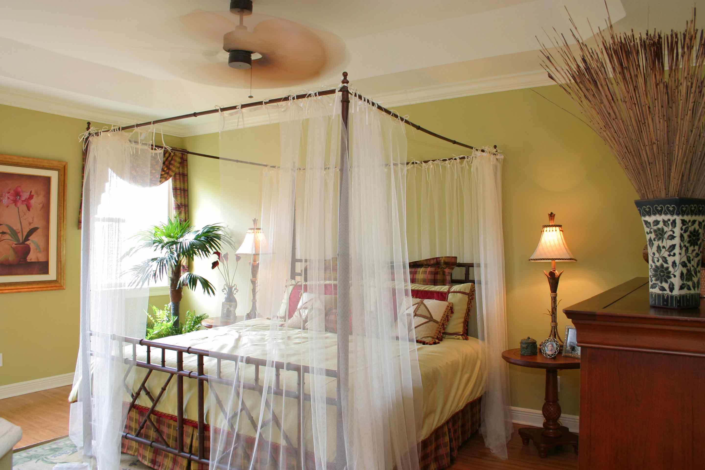 solimar-townvillas-florencia-master-bedroom