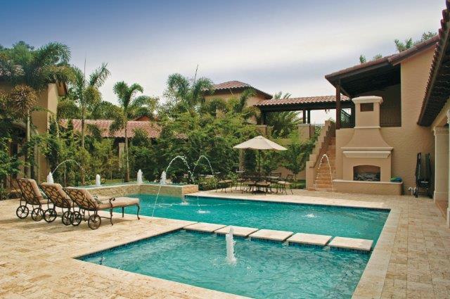 wayside-backyard-pool
