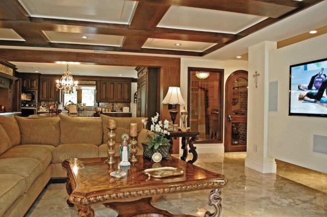wayside-family-house-room